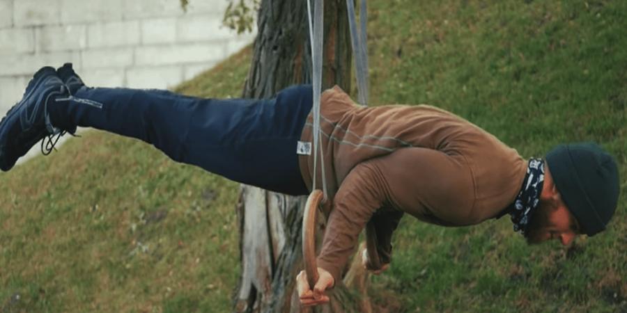 entrenar anillas en el parque